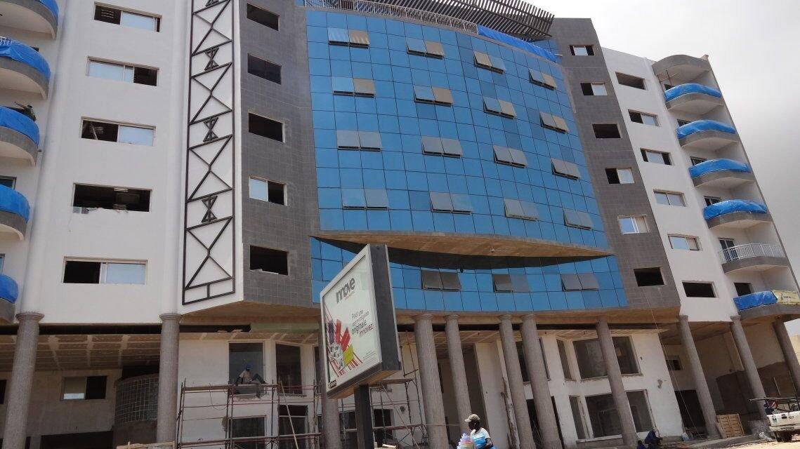 Senegal:Commercial Buliding